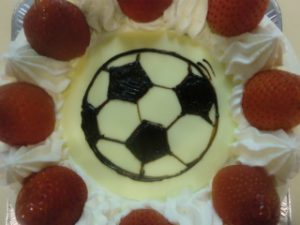サッカーボールキャラクタケーキ